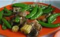 怀孕四月营养食谱:菠菜煎豆腐、蜜豆炒鱼柳